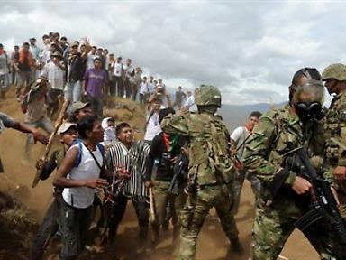 Juan_Charry_Cauca_militares