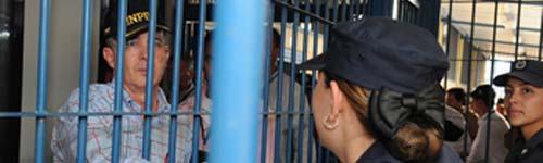 Camilo_Bernal_prisiones_sobrepoblacion