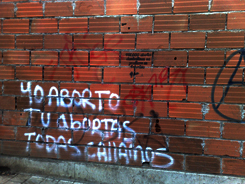 Rodrigo_Uprimny_aborto_grafitti