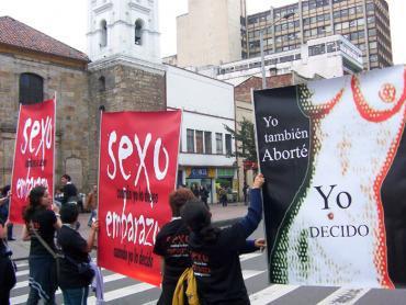 Rodrigo_Uprimny_aborto_protesta