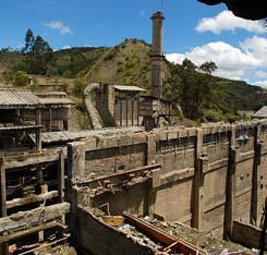 Gabriel Misas desindustrializacion ruinas