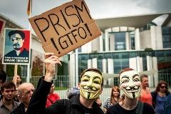 Luis Barreto Guerra cibernética protesta