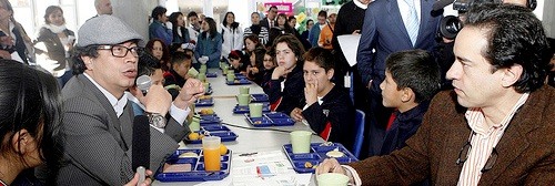 francisco cajiao colegios concesion alcalde estudiantes