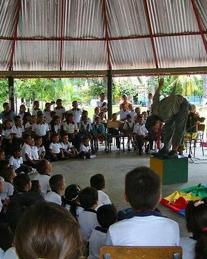 Niños en el Amazonas