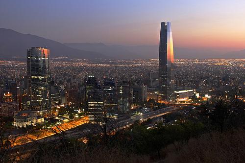 Contrario a la Nación, ciudades como Medellín (en la foto), Bogotá y Manizales han entendido que la especialización inteligente en el s. XXI es lo que la industrial fue en el s. XX.