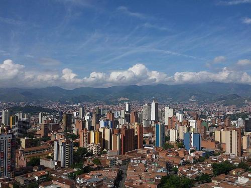 En países latinoamericanos el crecimiento de la clase media ha sido superior al de Colombia (27%), en chile la cifra es de un 44%.
