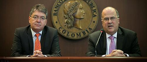 El Ministro de Hacienda Mauricio Cárdenas reunido con la Junta Directiva del Banco de la República.