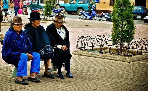 Adultos mayores en Aquitania, Boyacá.