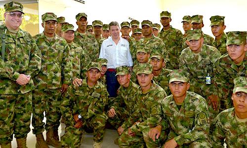 Soldados y el presidente