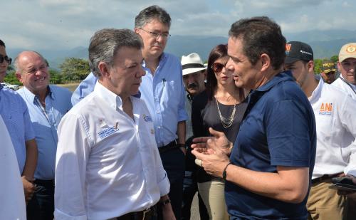 El Presidente Santos acompañado del Vicepresidente Vargas Lleras.