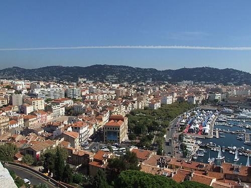 Vista aérea de Cannes, en la riviera francesa.