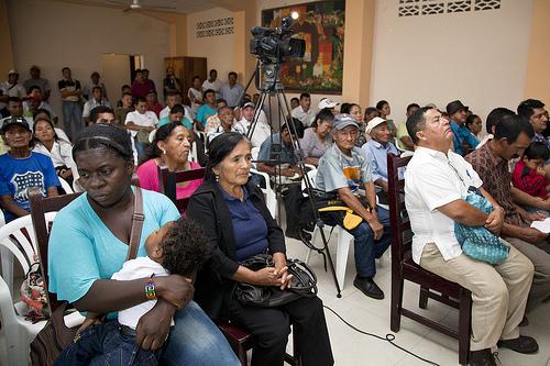 Ciudadanos ecuatorianos víctimas de las fumigaciones con glifosato en la frontera con Colombia.