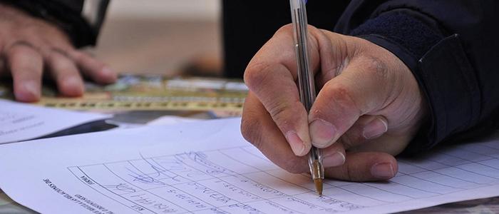 A través de la recolección de firmas, candidatos independientes adquieren aval para las elecciones de octubre.