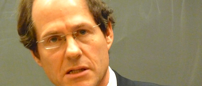 El académico norteamericano Cass Sunstein, coautor de The Cost of Rights.