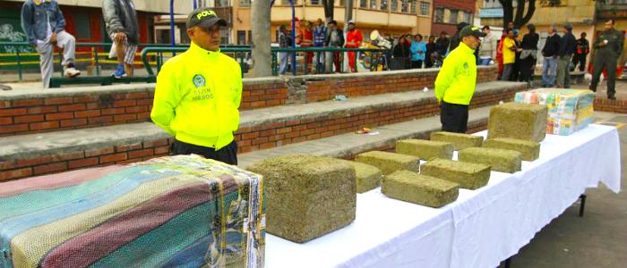 Marihuana y bazuco incautados en operativo en el sector de San Bernardo en el centro de Bogotá.