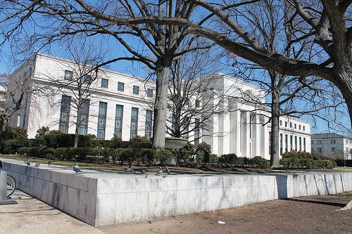 Edificio Eccles en Washington D. C., sede del Sistema de Reserva Federal de los Estados Unidos.