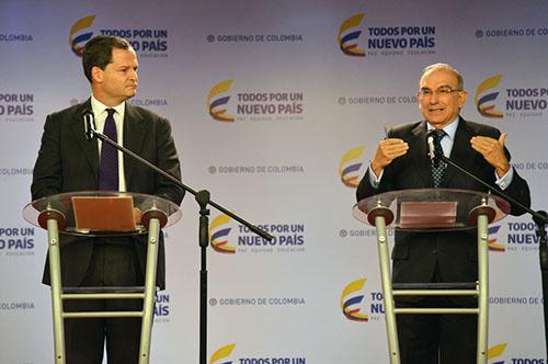 El Alto Comisionado para la Paz, Sergio Jaramillo, y el Jefe de la Delegación de Paz del Gobierno, Humberto de la Calle.