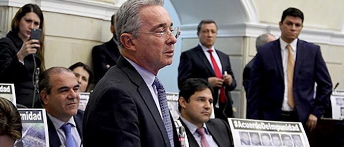 La bancada del Centro Democrático en el Senado, rechazan el acuerdo de justicia transicional con las FARC.
