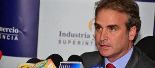 El superintendente de Industria y Comercio, Pablo Felipe Robledo del Castillo.
