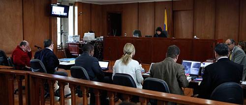 Audiencia pública ante un Magistrado de Justicia y Paz del Tribunal Superior de Bogotá.