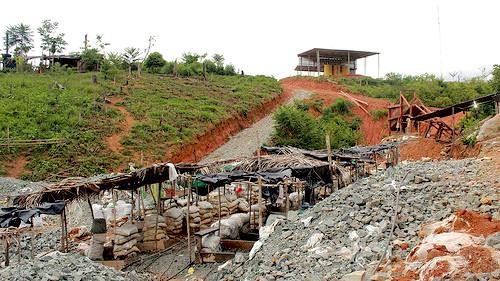 Campamento de minería ilegal en el departamento de Antioquia.