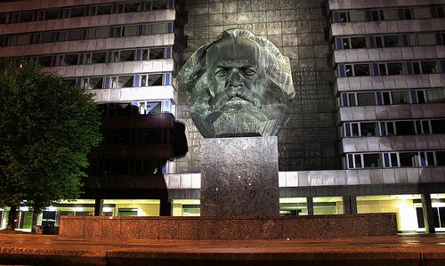 Busto del filósofo, economista y sociólogo Karl Marx en Alemania.