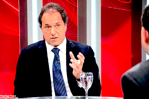 El gobernador de la Provincia de Buenos Aires y excandidato presidencial por el FPV, Daniel Scioli.