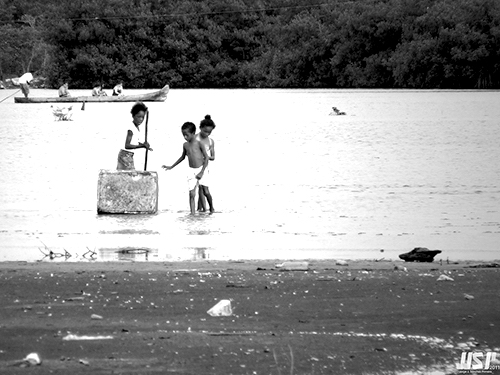 Niños afrodescendientes en el sector de La Boquilla, en Cartagena de Indias.