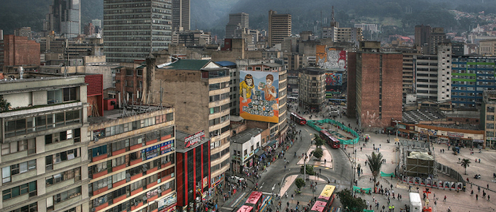 Vista del centro de Bogotá desde la Plaza de San Victorino.