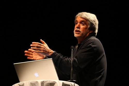 El Alcalde saliente, Gustavo Petro Urrego.