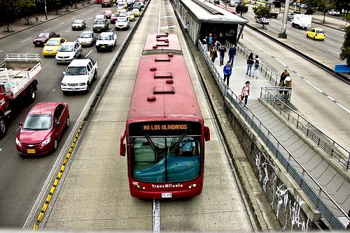Bus de Transmilenio en la carrera 30 de Bogotá.