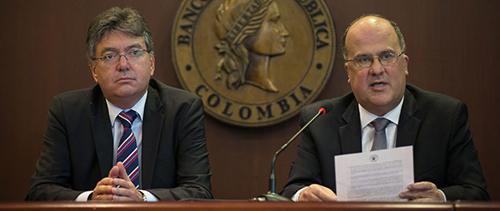 El Minhacienda Mauricio Cárdenas y el Gerente General del Banco de la República José Darío Uribe.