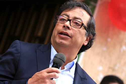 Intervención en la Calle del Bronx durante el mandato del Ex-alcalde Gustavo Petro Urrego.