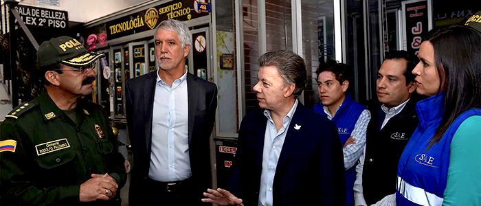El Presidente Santos, el Alcalde Mayor Enrique Peñalosa y el Director de la Policía, General Palomino.