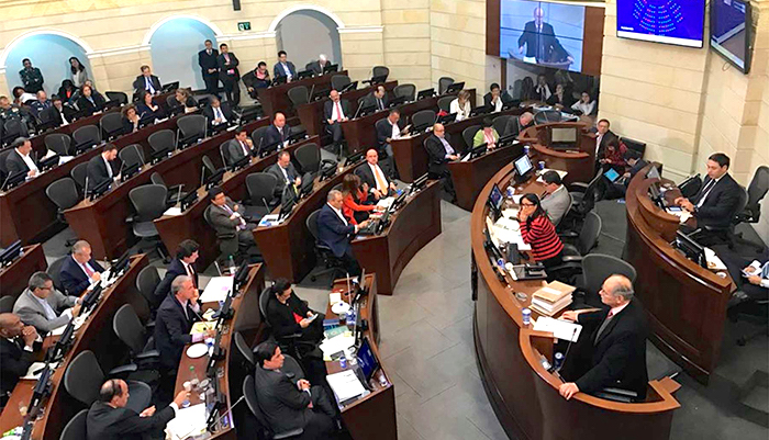 Debates por la Jurisdicción Especial Para la Paz.