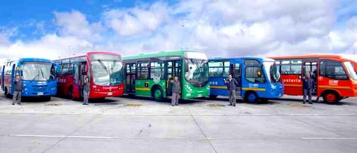 Buses del Sistema Integrado de Transporte Público, SITP.