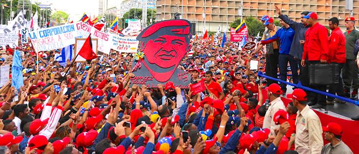Presidente Nicolás Maduro convocando a la constituyente