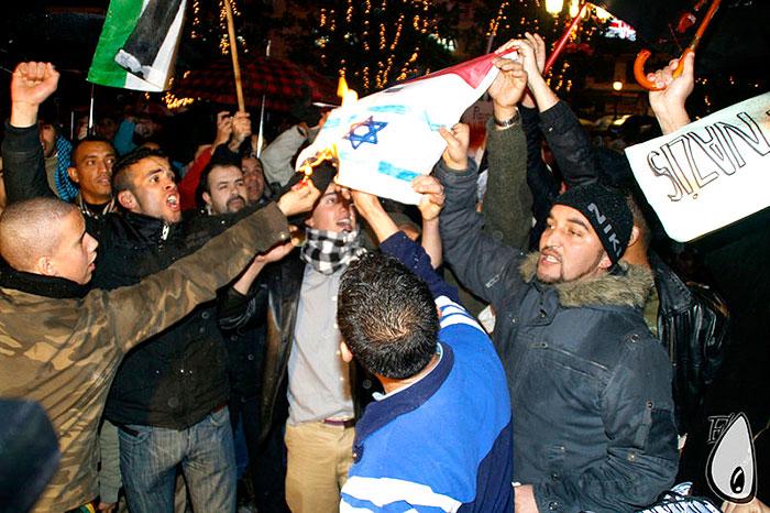 Protesta de Palestinos contra Israel.