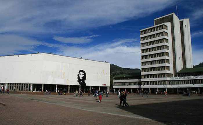 Estudiantes Universidad Nacional.