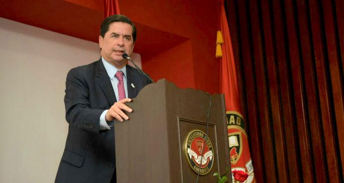 Ministro del Partido Liberal, Juan Fernando Cristo.