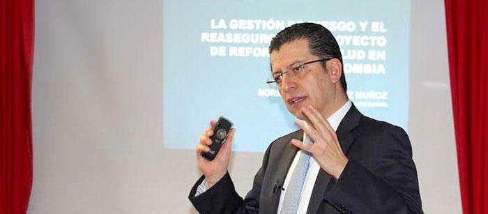 Superintendente de Salud, Norman Julio Muñoz