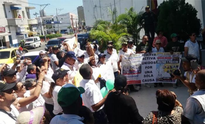 Apoyo por reciente atentado a un CAI en Barranquilla, por parte del ELN.