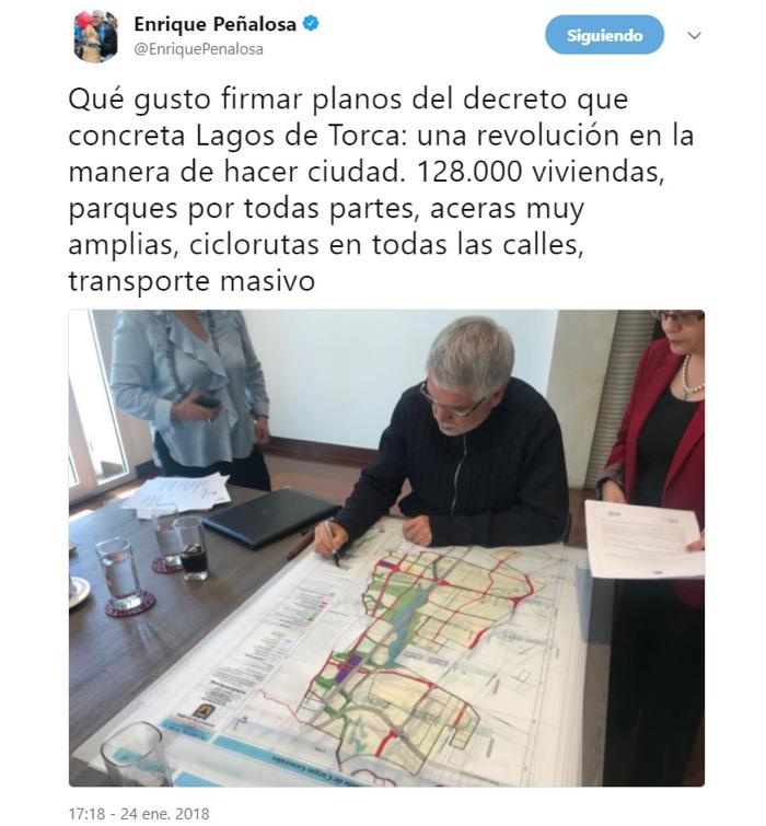 Twitter de Peñalosa firmando el decreto del Lago de Torca