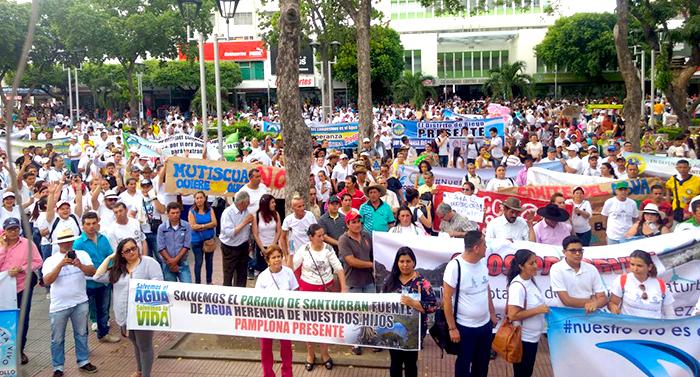 Manifestaciones en contra de la explotación minera en Santurbán.