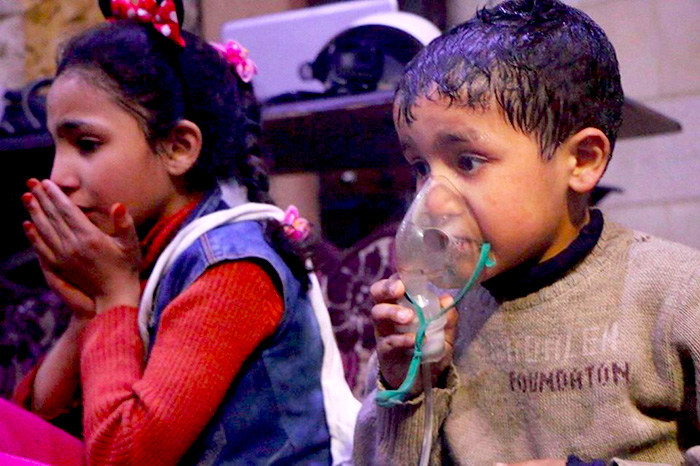 Niños afectados tras el último ataque químico en Siria