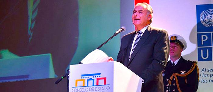 Vicepresidente, Oscar Naranjo.