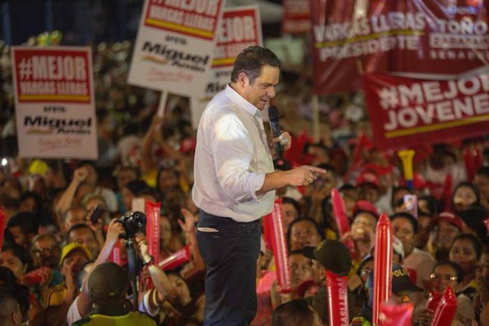 Vargas, uno de los perdedores, durante su campaña.