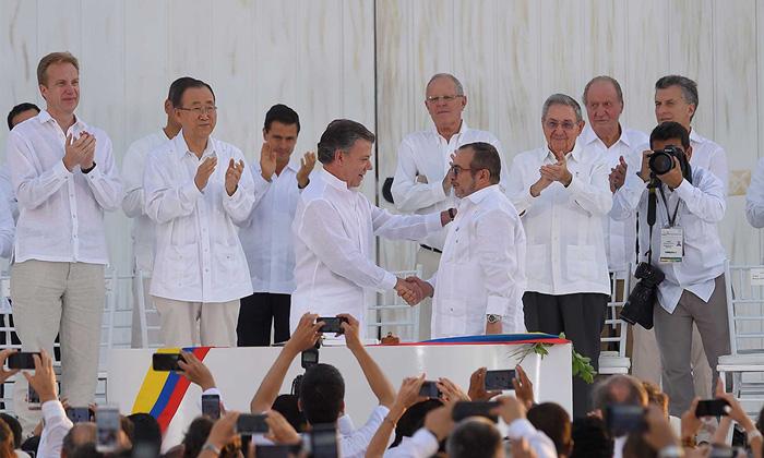 Firma de los Acuerdos Paz con las FARC.