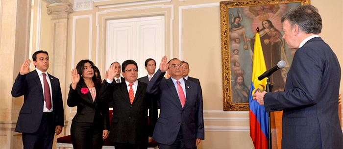 Presidente Juan Manuel Santos con Magistrados de la República.