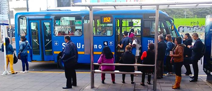 Buses del Sistema Integrado de transporte (SITP).